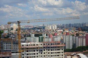 Os guindastes de torre da Liebherr participam de um projeto habitacional no coração de São Paulo