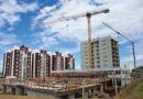 Pré-fabricados e guindastes executam 10 apartamentos por semana